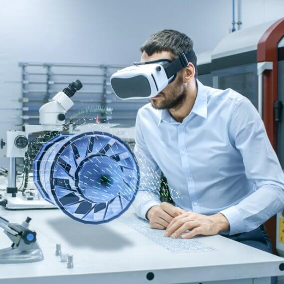 VR_Technologie_Mann